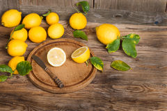 Lemons with  leaves Royalty Free Stock Images