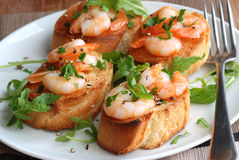Lemony prawn bruschettas Royalty Free Stock Image