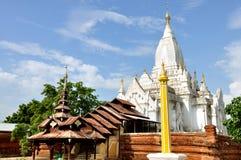 Lemyethna塔在Bagan,缅甸 库存照片