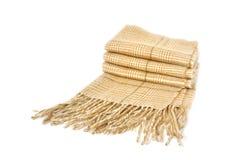 Lenço de pescoço de lã isolado no branco Imagens de Stock
