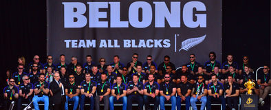 Len Brown che il sindaco di Auckland che benedice tutti i nero team Fotografia Stock Libera da Diritti