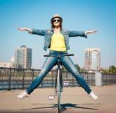 Lena_Misha-Dasha Rowerowy miasto, Lena! Zdjęcia Stock