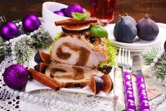 Lende von Schweinefleisch angefüllt mit Feigen für Weihnachten Stockbild