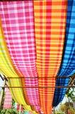 Lendenschurz-thailändische Art oder allgemein genannte Pah-kahmilliamperestunde Lizenzfreies Stockfoto