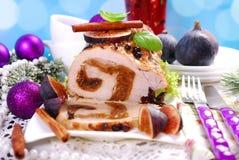 Lendestuk van varkensvlees dat met fig. voor Kerstmis wordt gevuld Royalty-vrije Stock Foto's