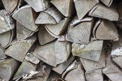 Lenha seca da lenha em uma pilha para a inflamação da fornalha Fotografia de Stock Royalty Free