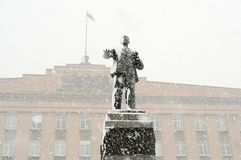 Lenin monument in Orel, Russia in snowfall Stock Images