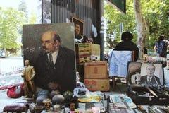 Lenin, Stalin, Brezhnev-portretten voor verkoop in de vlooienmarkt van Tbilisi stock fotografie