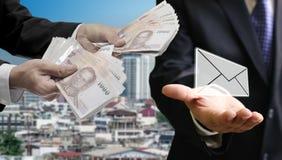 Leningen van bankbrief, e-bankwezenconcept stock foto's