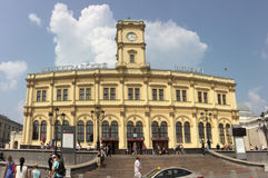 Leninsgradkiy火车站在Komsomolskaya广场,莫斯科 图库摄影