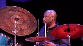 Lenny White en los tambores
