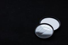 Lens filter med ett brutet exponeringsglas vektor för regnbåge för lins för illustration för kameraeffekt eps10 Arkivbilder