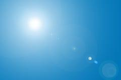 Lens signalljus i blå himmel Fotografering för Bildbyråer