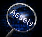 A lente de aumento dos ativos indica a pesquisa e a busca dos artigos de valor Imagem de Stock