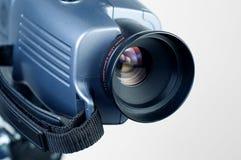 Lente de la cámara de vídeo que señala al 1 derecho Fotografía de archivo