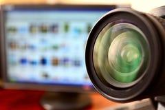 Lente de la cámara y del monitor del dslr Imagen de archivo libre de regalías