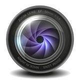 Lente de la foto de la cámara con el obturador. Foto de archivo libre de regalías