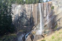 Lentedalingen bij het Nationale Park van Yosemite in Californië stock afbeeldingen
