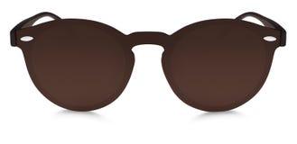 Lentes manchadas del espejo del marrón de las gafas de sol aisladas en el backgro blanco foto de archivo