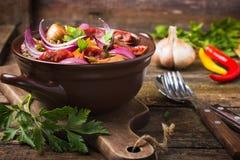 Lenticchie con la salsiccia e le verdure Immagine Stock