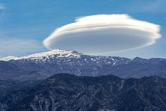 Free Lenticular Cloud Stock Photography - 181316582