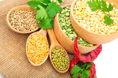 Lentil bean in wooden plate Royalty Free Stock Photos