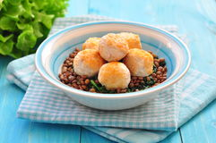 Lentil with spinach and meatballs from a turkey Stock Photography