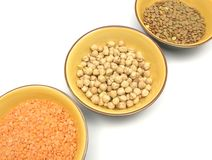Lentilhas dos grão-de-bico e lentilhas vermelhas Fotos de Stock Royalty Free