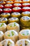 Lenty av holländare sorterade högvärdigt producerat till salu för ost precis Arkivfoto