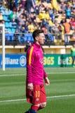 Leo Messi värmer upp före den LaLiga matchen mellan Villarreal CF och FCet Barcelona på El-madrigalstadion Arkivbilder