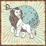 Leo Zodiac Sign Weinlese-Horoskopkarte Stockbilder