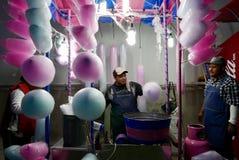 Leon, Μεξικό 13 Ιανουαρίου 2017: Κατασκευαστής καραμελών βαμβακιού Στοκ φωτογραφία με δικαίωμα ελεύθερης χρήσης