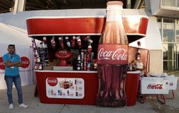 Leon, Messico 13 gennaio 2017: Cabina del coke a Leon Carnival immagine stock