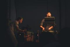 Leon Somov und Jazzu auf seinem Konzert während des Mirum-Musik-Festivals Stockfotografie