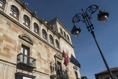 Leon Spain: historisch Paleis van Guzmanes Stock Afbeeldingen