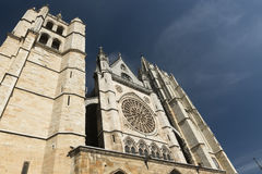 Leon Spain: Kathedralenäußeres Stockbild