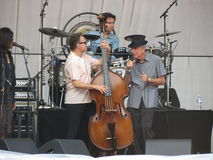 Leonard Cohen musikband som reharsing i Lucca, 9 Juli 2013 Royaltyfri Fotografi