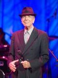 Leonard Cohen presteert op stadium in Sportarena Royalty-vrije Stock Afbeelding