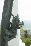 Leone bronzeo in tempio tailandese Immagine Stock Libera da Diritti