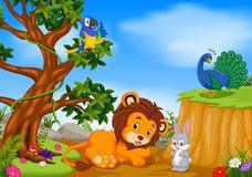 Leone con la scena della scogliera della montagna royalty illustrazione gratis