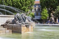 Leones de la fuente en el La Rotonde en Aix-en-Provence Imagen de archivo