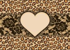 Leopardbakgrunds- och hjärtaram Royaltyfria Foton
