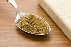 Lepel van cajunkruiden Stock Foto's