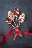 Lepels met chocolade Royalty-vrije Stock Afbeelding