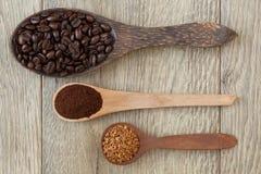 Lepels met koffie Royalty-vrije Stock Foto