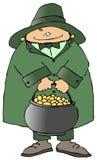 Leprechaun con un crisol de oro Foto de archivo libre de regalías