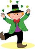 Leprechaun da dança com Shamrocks Imagem de Stock Royalty Free