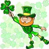 Leprechaun del día del St. Patrick con el trébol Fotografía de archivo libre de regalías
