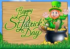 Leprechaun di giorno della st Patricks e vaso del segno dell'oro Fotografia Stock Libera da Diritti