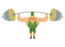 Leprechaun i barbell sporty Ławki prasy barbell nad jego głowa Obrazy Royalty Free